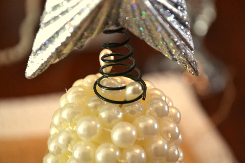 DIY Christmas pearl-trees
