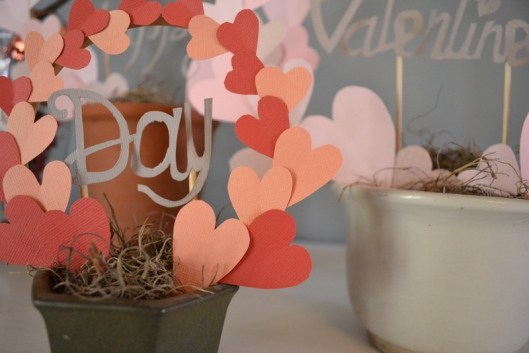 diy valentines heart paper topiary