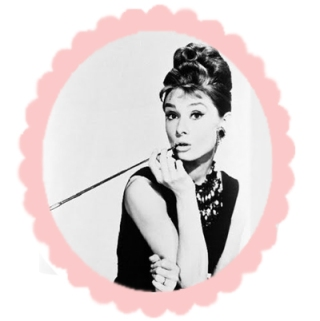breakfast at tiffanys image via fanpop
