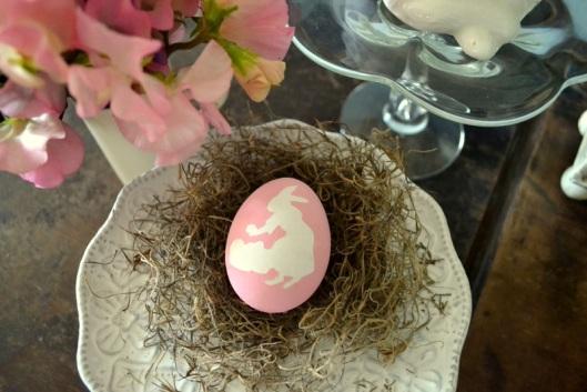 DIY hand-painted eggs
