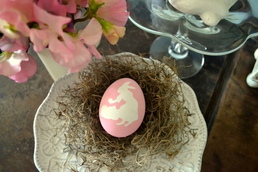 DIY hand-painted eggs